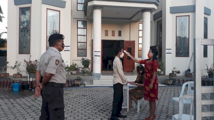 Patroli Sambang, Polisi Amankan Ibadah Gereja Hari Minggu