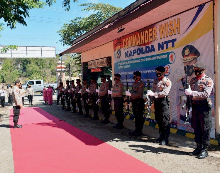 Kunjungi Polres Rote Ndao, Kapolda NTT Dan Rombongan Disambut Jajar Kehormatan Dan Sapaan Adat Rote